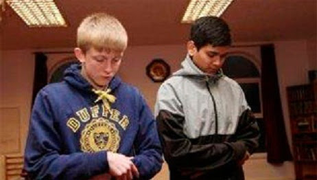 Remaja Inggris Berbondong-bondong Masuk Islam
