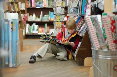 """<p>Proponemos una selección de libros que hablan de ciencia a los niños. / Foto: <a href=""""https://www.flickr.com/photos/qwrrty/2100913578/"""" title=""""Ir a la galería de Tim Pierce"""" target=""""_blank"""">Tim Pierce</a></p>"""