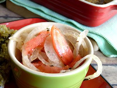 Viva Vegan - Ensalada Chilena (Tomato Salad with Sweet Crisp Onions)