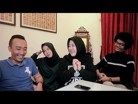 Interaksi keluarga Risa Saraswati bersama Makhluk Halus