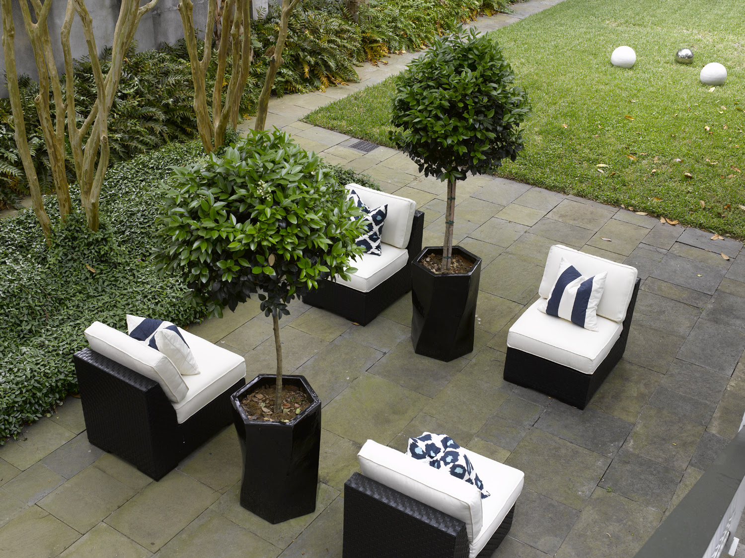 Outdoor Decorating and Entertaining — Kenmore® Community