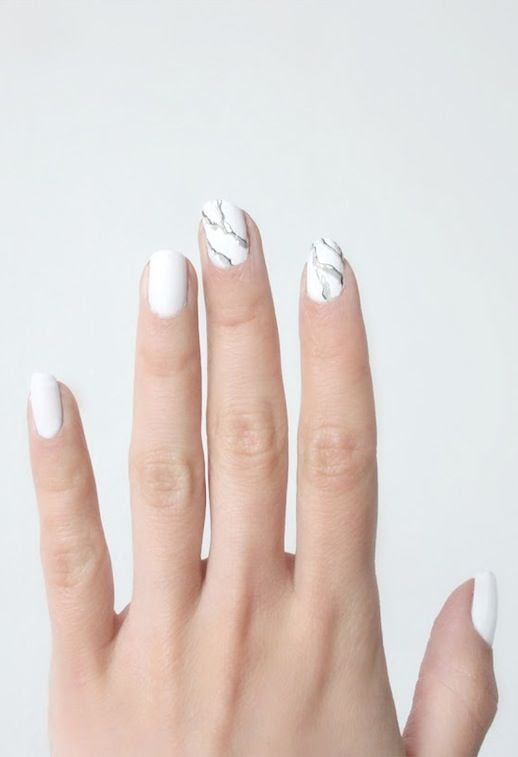 LE FASHION BLOG NAIL ART INSPIRATION MARBLE MANICURE VIA LOVE AESTHETICS MARBLE PRINT NAILS HOW TO DIY 1 photo LEFASHIONBLOGNAILARTINSPIRATIONMARBLEMANICUREVIALOVEAESTHETICS1.jpeg