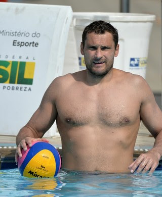 Slobodan Soro, goleiro sérvio do polo aquático (Foto: André Durão)