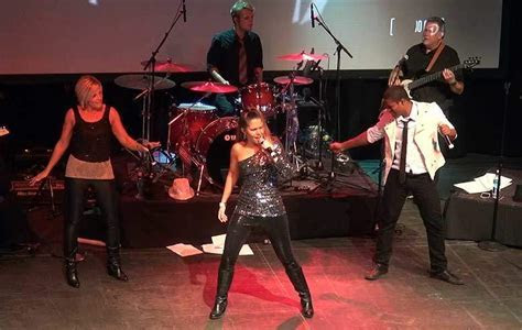 Live Wedding Bands   Dance Music   Wedding Party Bands