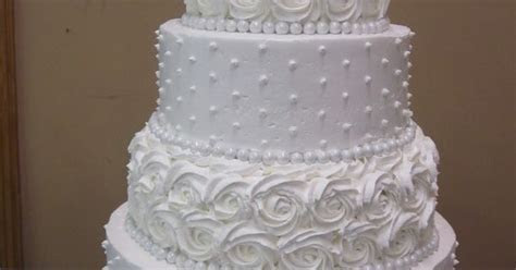 kroger wedding cakes   only wish it crusted like
