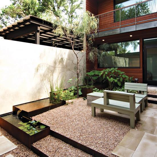 Courtyard (Austin)