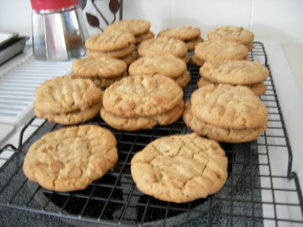 soft & chewy peanut butter cookies 003