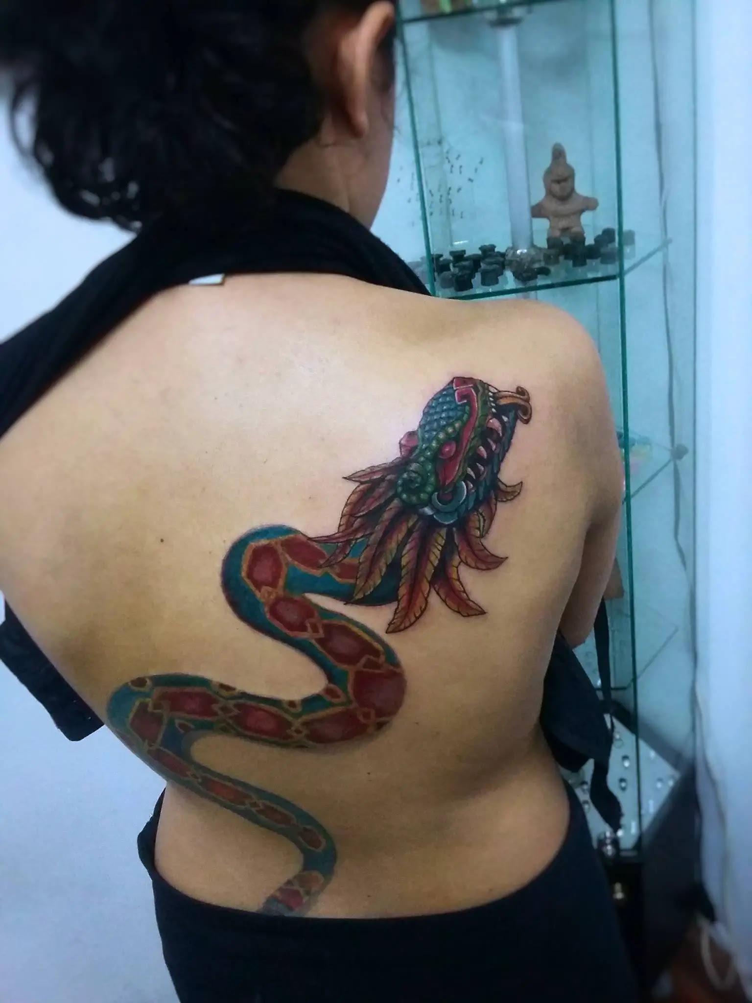 Tatuaje De La La Serpiente Emplumada Neomexicanismos