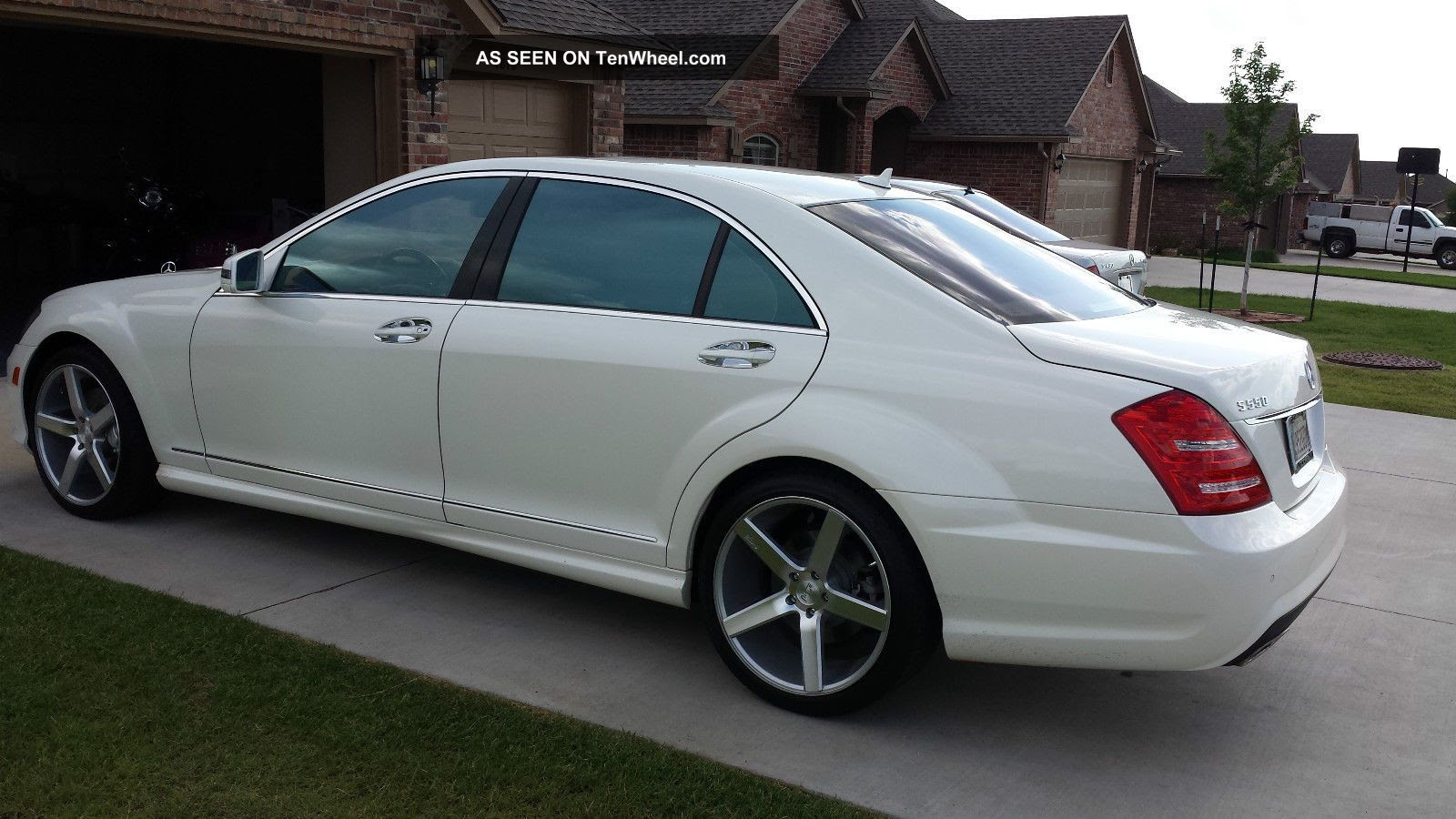 2010 Mercedes - Benz S550 Pre - Owned