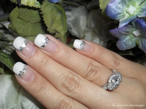 20 most exclusive French tip nail designs   Yve Style