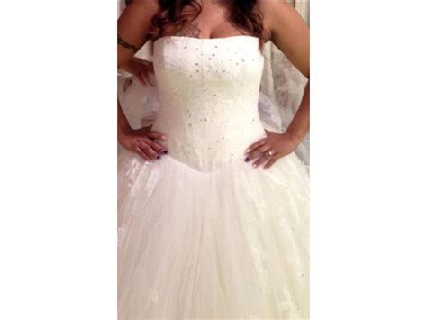 Vera Wang Lisbeth Wedding Dress   Used, Size: 10, $3,500