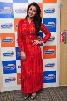 Nikki Galrani at Radio City :15-02-2016