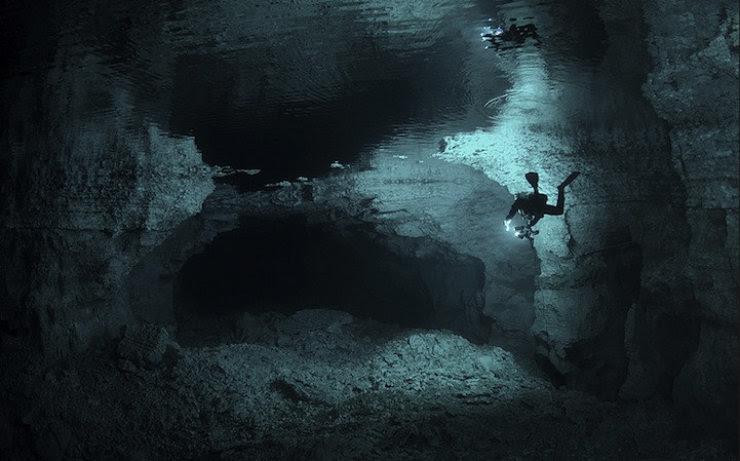 A maior caverna subaquática da Rússia 02