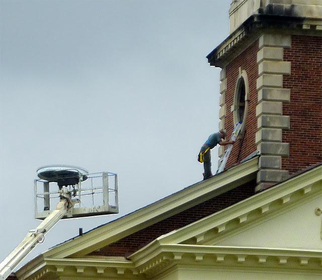 P1120033-2012-09-17-Decatur-1st-Baptist-steeple-window-repair