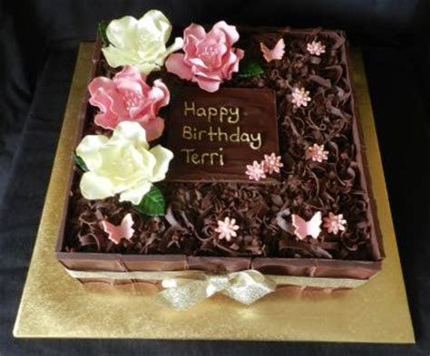 Stewart's Simply Delicious Cakes   Birthday cakes