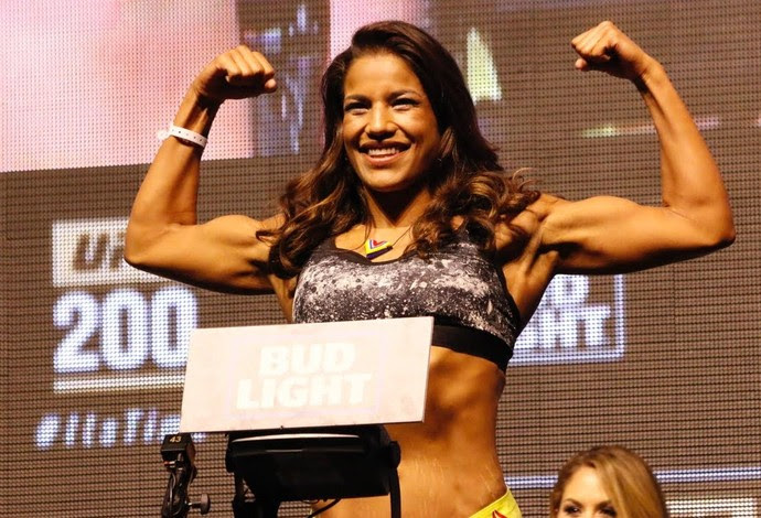 Julianna Peña Pesagem UFC 200 (Foto: Evelyn Rodrigues)