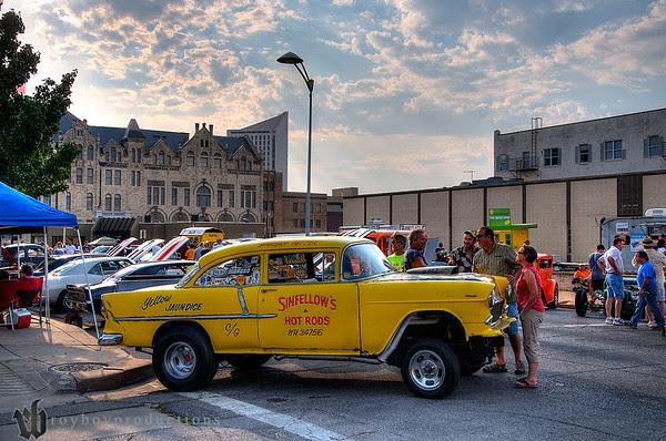 2013 Automobilia Moonlight Car Show 72_3_4_Color_HDR
