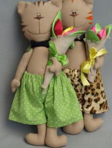Как сделать на 8 марта подарок. Игрушки своими руками для мамы (21)