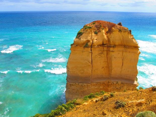 Uma das pedras dos Doze Apóstolos, na Great Ocean Road (Foto: Flávia Mantovani/G1)