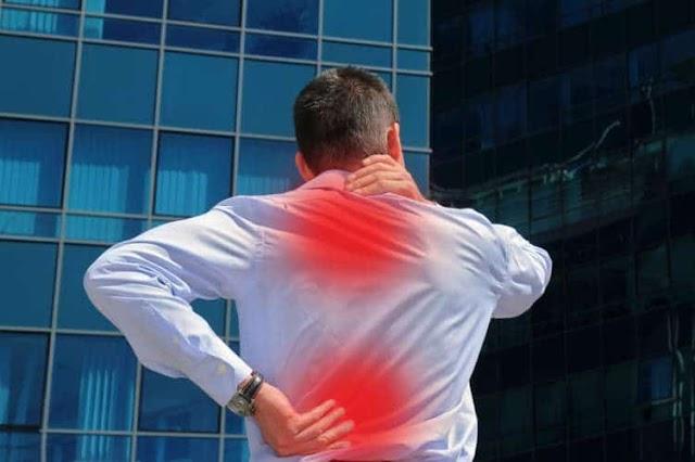 أعراض الروماتيزم وأنواعه وعوامل خطورة الإصابة بهذا المرض
