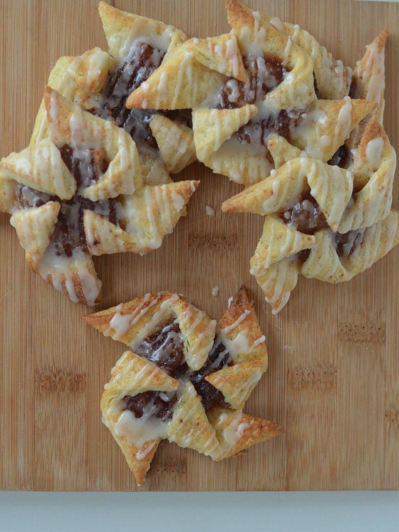 Maple, Apple & Cinnamon Pinwheel Pastries