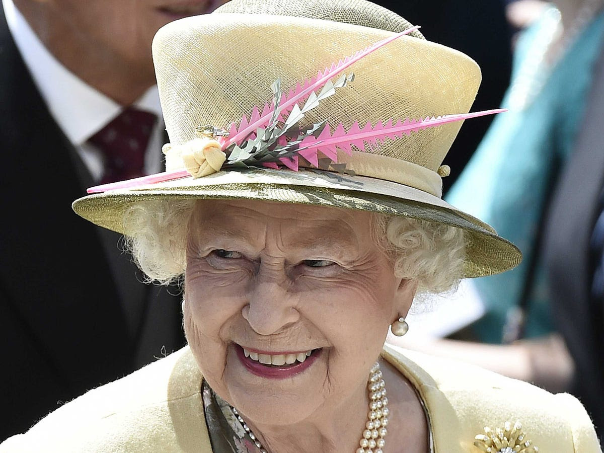 The Queen has the right to be consulted, to encourage, and to warn her ministers.
