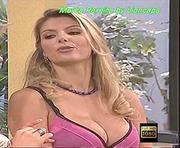 Marta Pereira sensual nos malucos do riso