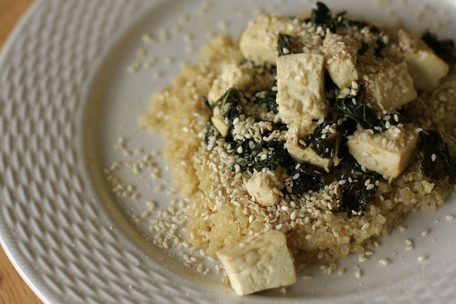 steamed kale and tofu with quinoa and gomasio