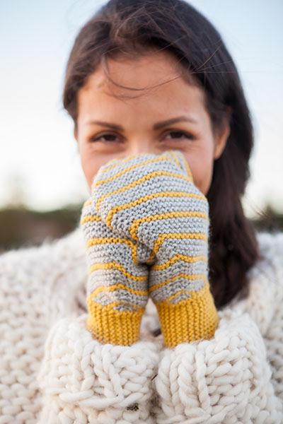 Slanted Garter Mittens - Knitting Pattern