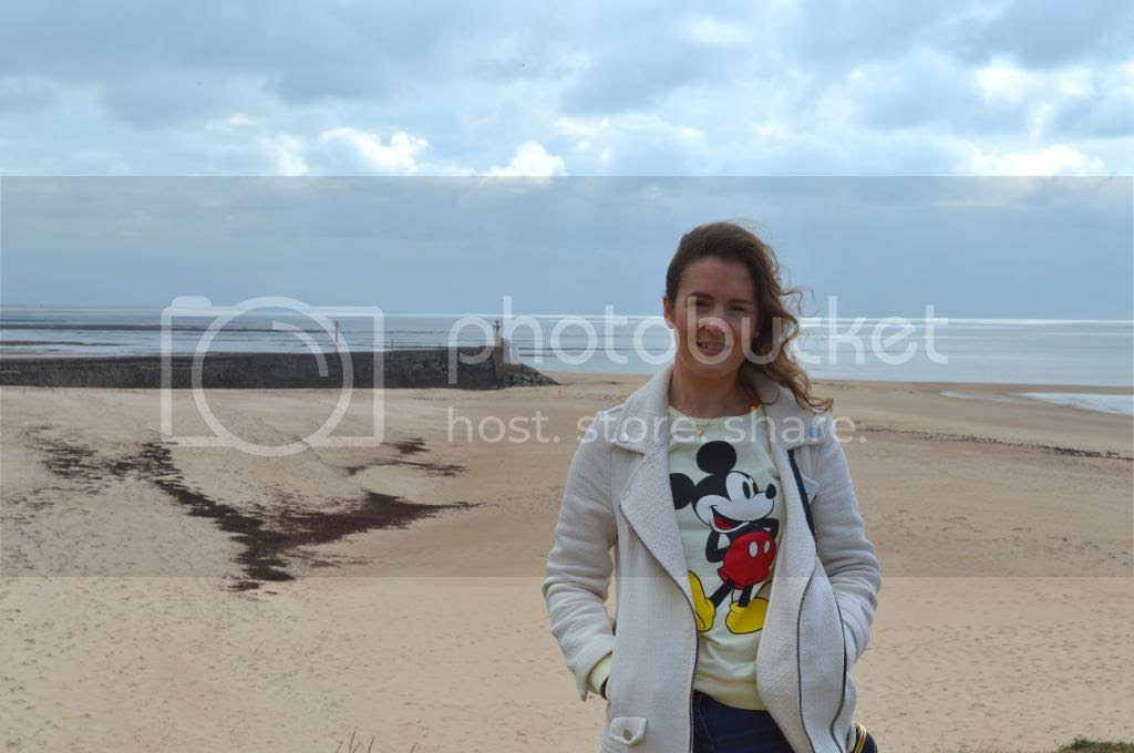 Mickey Mouse Jumper Primark Normandy France Fashion Blogger
