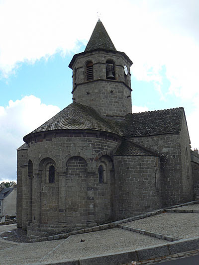 église de Nasbinals 2.jpg