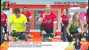 Sonia Araujo sensual em varios momentos na Rtp