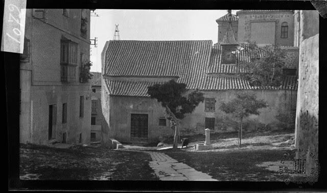 Plaza de Santa Eulalia en 1933. Fotografía de Gonzalo de Reparaz Ruiz. © Institut Cartogràfic de Catalunya