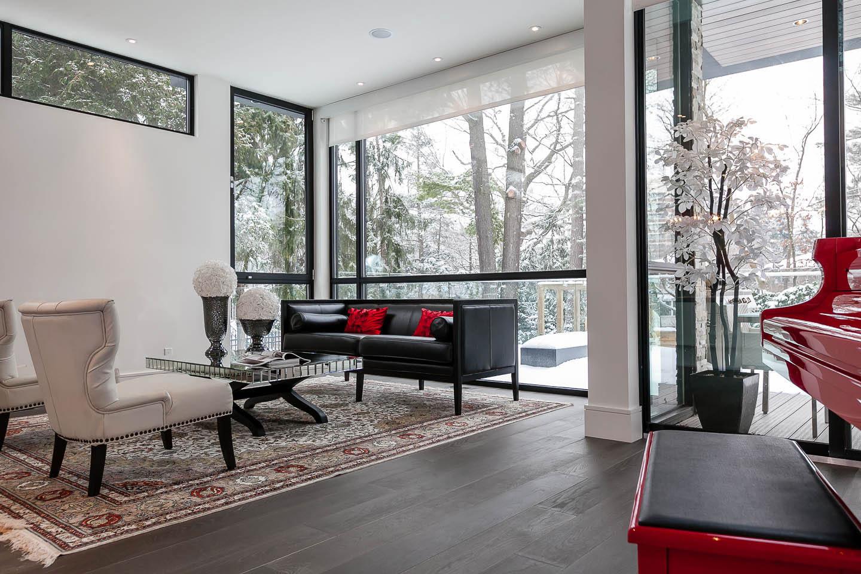Captivating Contemporary House in Toronto, Canada