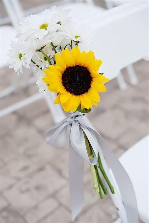 wedding aisle and sunflowers   Simple sunflower & daisy