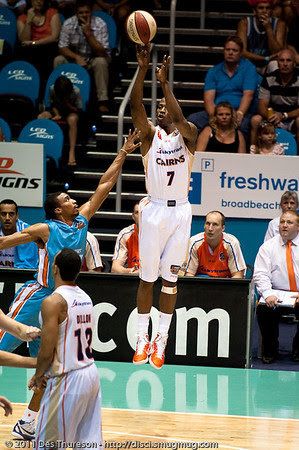 Ron Dorsey with the sweet outside touch & form - Gold Coast Blaze v Cairns Taipans NBL Basketball, Wednesday 19 January 2011; Gold Coast Convention & Exhibition Centre, Broadbeach, Queensland, Australia. Photos by Des Thureson:  http://disci.smugmug.com