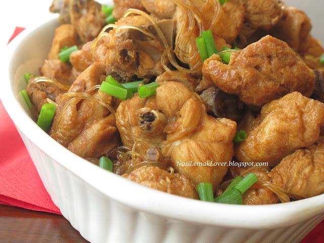 Tofu Pok and Chicken Stew