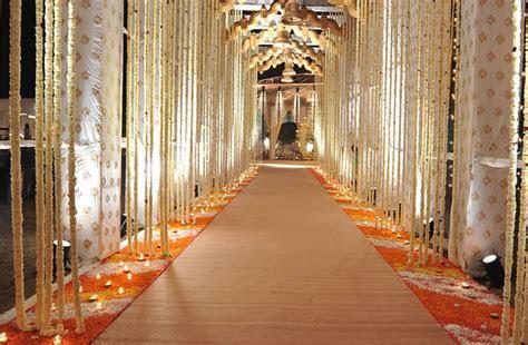 New Variety Decorators, Wedding Decorator in Delhi   WeddingZ