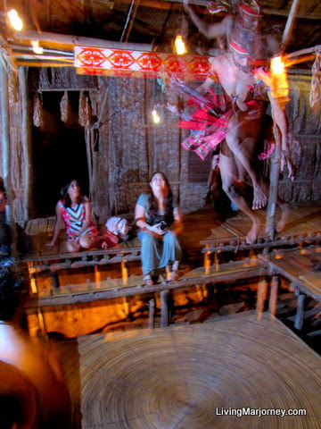 Elevated abaca platform as tribal Trampoline