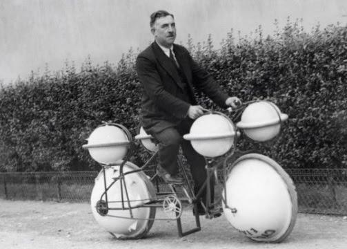 denizde ve karada gidebilen ilginç bisiklet