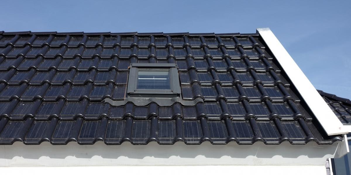Soluci 243 N Solar Amp Led