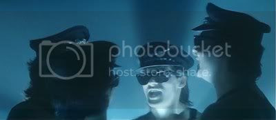 http://i298.photobucket.com/albums/mm253/blogspot_images/Baaghi/PDVD_013.jpg