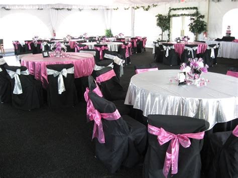 pink and black table setting ideas   Mickey/Minnie Mouse