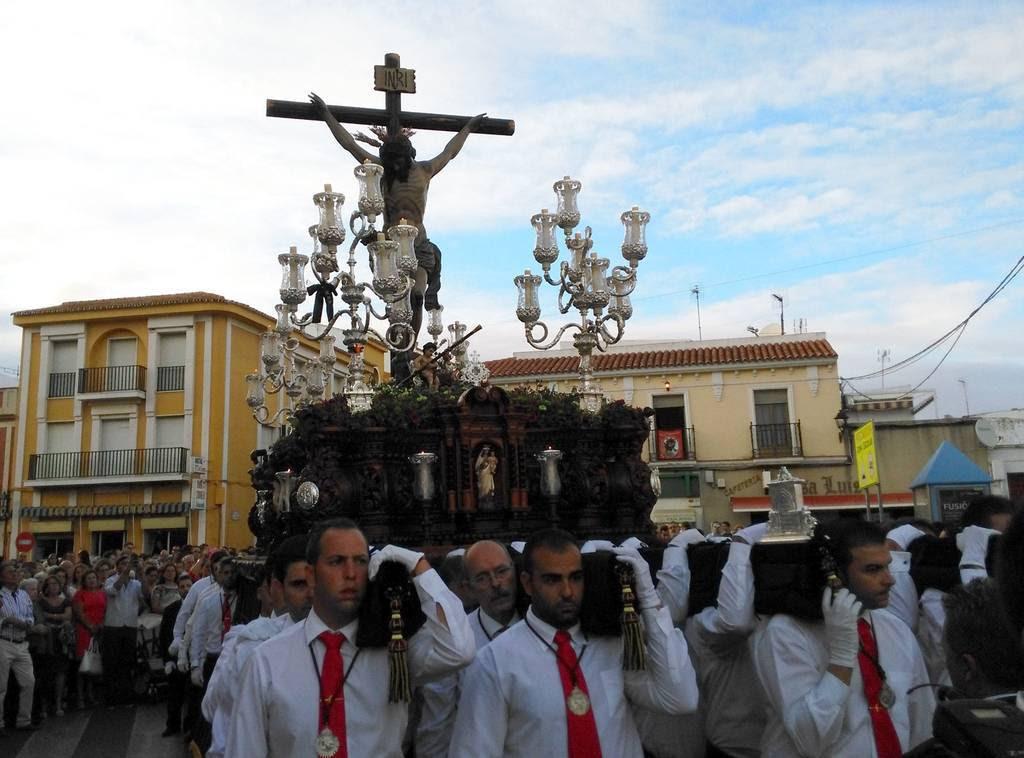 El Cristo de la Sangre procesiona