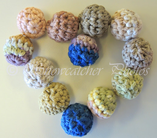 simple crochet amigurumi balls
