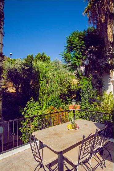 Villa Guzel Ev Rentals In Kalkan