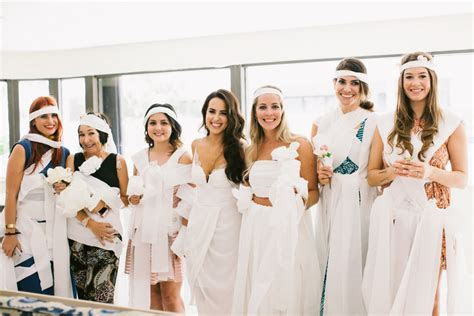 My Très Chic Bridal Shower   Kelly Saks