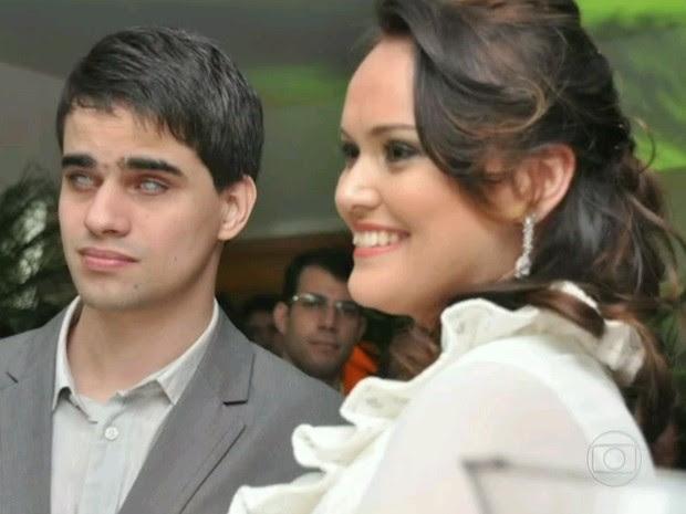 Marcos e Beatrice na cerimônia de casamento (Foto: Arquivo pessoal)