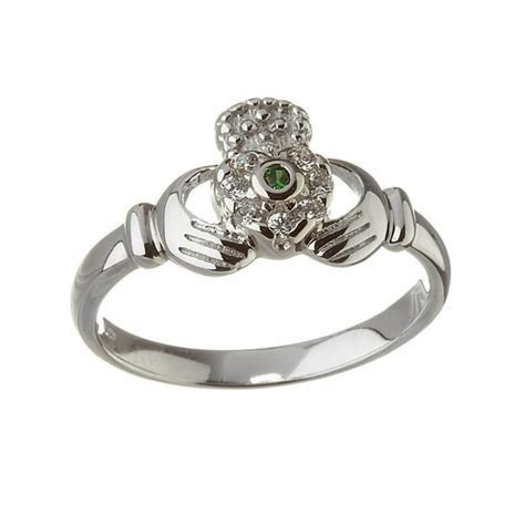 Emerald Claddagh Ring   Gold   Free Delivery   Irish Gifts