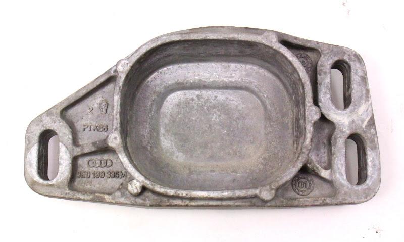 Front Engine Cup Mount Bracket 04 05 Passat Tdisel Bhw 8e M